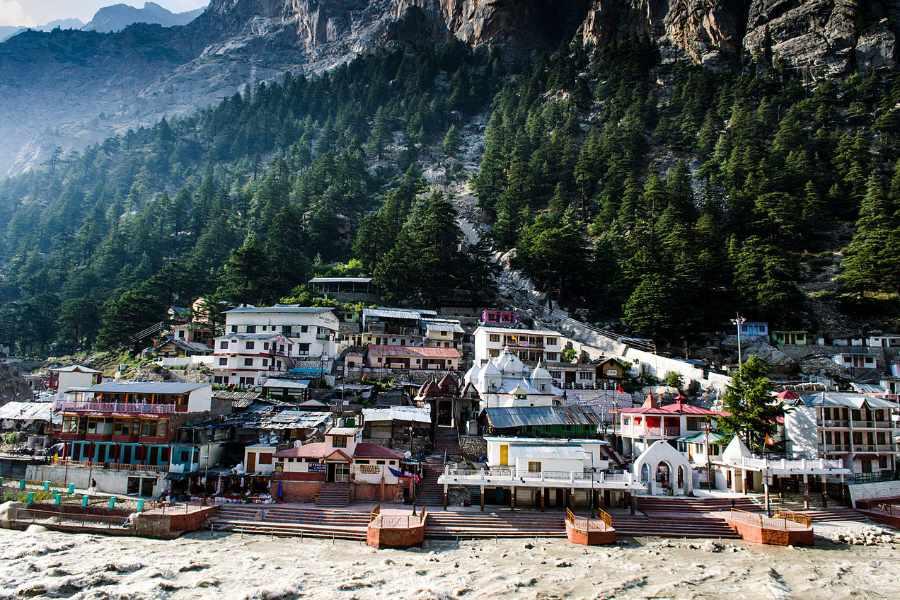 1280px-Gangotri_Town